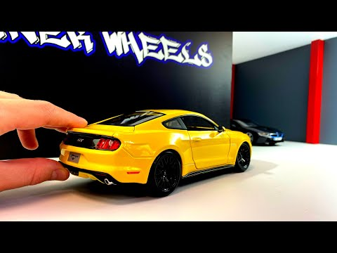 diecast-scale-model-car-1/18-ford-mustang-gt-2015-by-maisto.-unboxing-and-review-models-cars