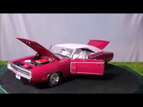 Review of an 1:18 ERTL Authentics 1970 Dodge Charger R/T SE