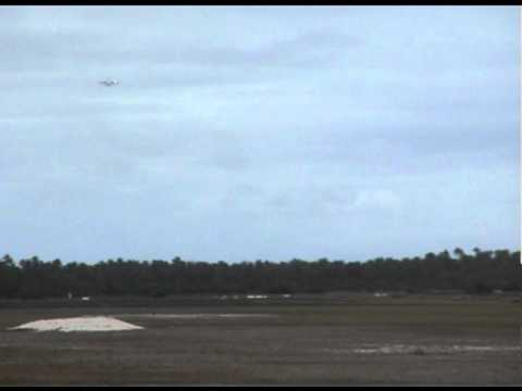 Cocos Islands - National Jet landing