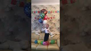 Мой день рождения!!! 11 февраля 2012 года в 05:45, я пришёл в этот мир!!! Уррррааааа!