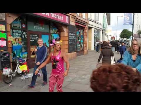 A Disco Bunny Moment: Seven minutes of five hours (Fulham, London)