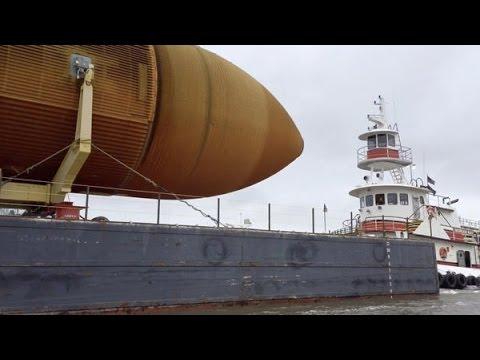 ET-94 on a barge