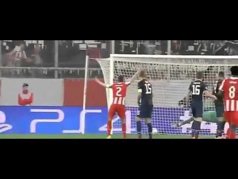 Highlights Olympiakos vs Manchester United 2   0 26 02 2014 360p