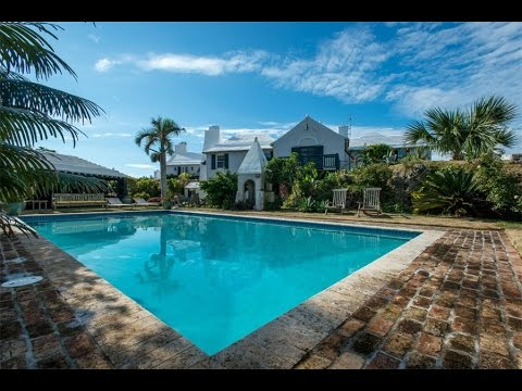 Historic and Charming Waterfront Home in Bermuda