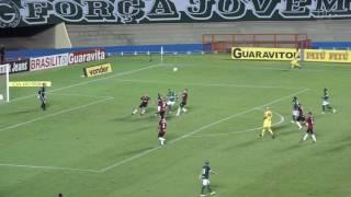 Gamalho perde pênalti e Goiás só empata com Brasil-RS no Serra Dourada