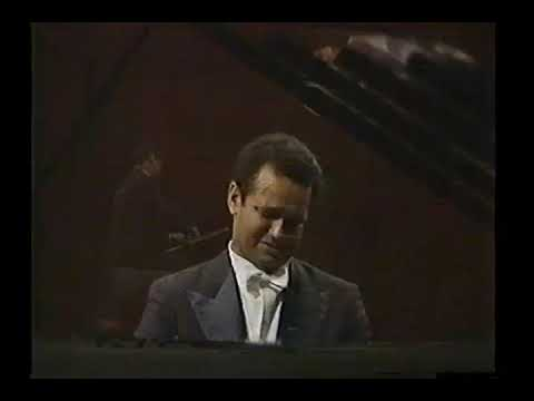 "Andre Watts performs: Chopin's ""Sonata #2"" in b flat minor....Op.35"