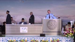 Police officer Ulf Boström from Gothenburg, Sweden at Ahmadiyya Muslim convention 2015