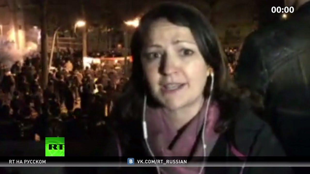 Жаркие парижские ночи: в столице Франции не утихают протесты