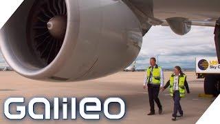 Der harte Job eines Flugzeugprüfers | Galileo | ProSieben