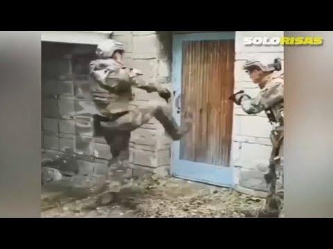 Los Militares Más Pendejos De La Historia - Solo Risas