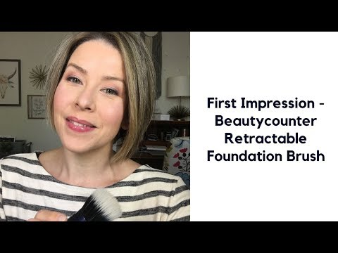 First Impression - Beautycounter Retractable Foundation Brush