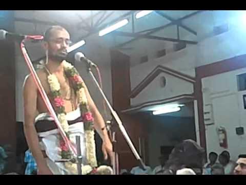001 krishna rama govinda - Divyanaamam by Sri Sattanatha Bgagavathar@ kalpathy Bhajanotsavam 2011
