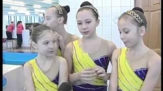 Соревнования по синхронному плаванию