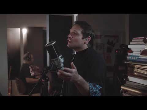 Sanluis   La Ilusionista (Toma 2 Sessions Concierto desde la Castillera Studio)