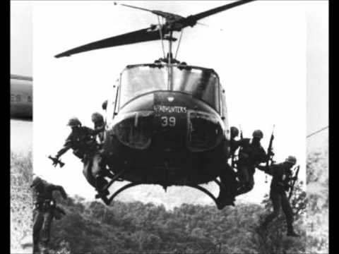 Creedence Clearwater Revival : fortunate son