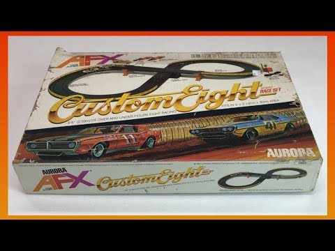 AURORA AFX CUSTOM 8 HO Scale Slot Car Set   For Less than $8! from 1981!