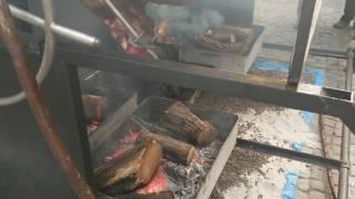 Мужики любят настоящее мясо, выехали на пикник!
