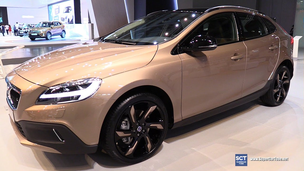 2016 Volvo V40 T3 Cross Country - Exterior and Interior Walkaround - 2016 Moscow Automobile ...