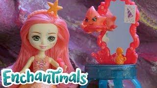 Enchantimals Brasil 💜 Sob o mar: se preparando 💦 Vídeos engraçados para crianças.