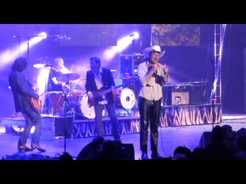 The Tragically Hip - Looking for a Place to Happen - Halifax ScotiaBank Centre  (4/11/2015)