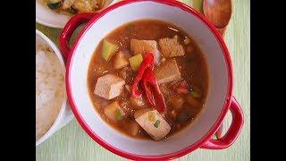 Корейская кухня: Твенджян чигэ (된장찌개) или суп (рагу) с пастой твенджян.