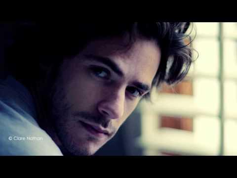 "Jack Savoretti feat. Sienna Miller Video ""Hate & Love"""