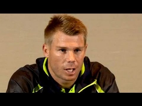 Warner apologises for punching Root