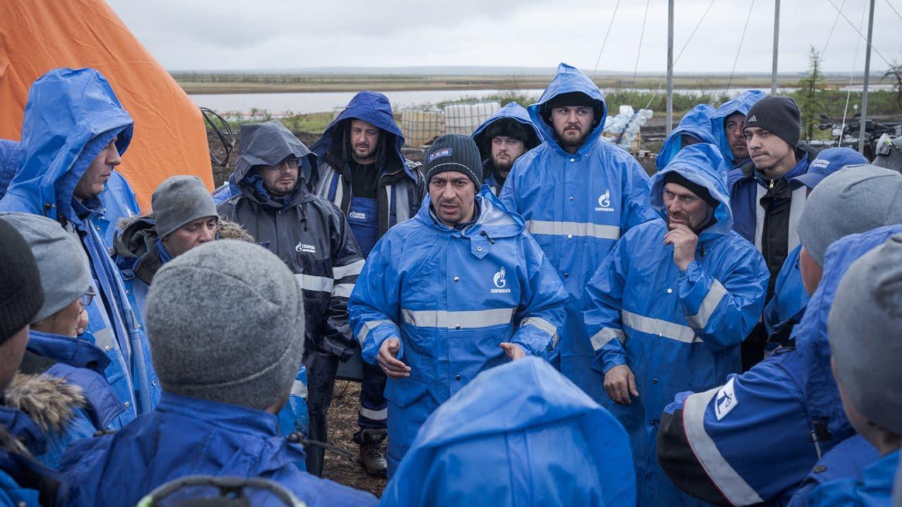 Награждение участников «Отряда спасения», помогавших ликвидировать ЧС в Норильске