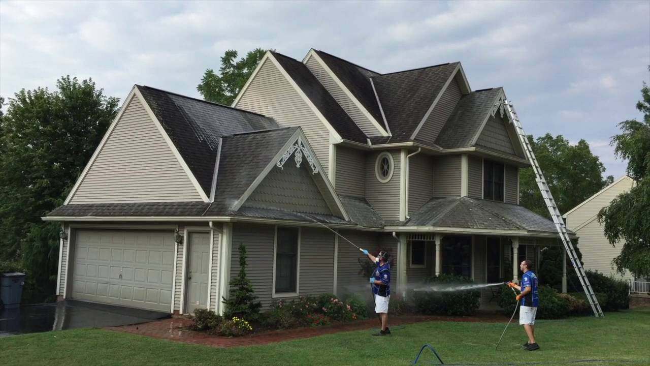 Soft Wash Roof Cleaning In York Pa September 2016 Youtube