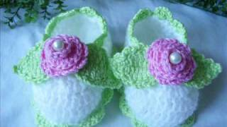 Crochet baby booties: new!