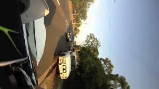 Accident moto - Une voiture fonce sur un motard