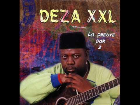 Deza XXL - Moussa et le Commissaire