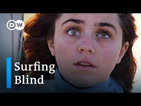 Blind surfer Carmen Lopez from Spain | DW Feature