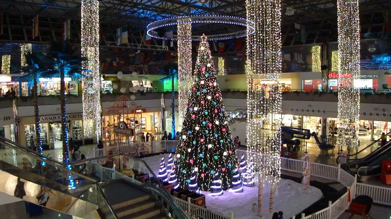 World Famous Musical Christmas Tree In Micronesia Mall