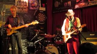MANNY FIZZOTTI BLUES TRIO - A Fool For Your Stockings (ZZ Top Cover)