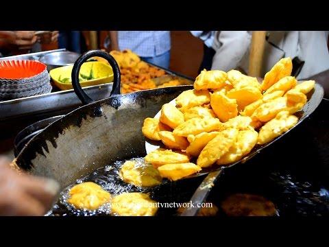 Best Vada Pav Mumbai By Street Food & Travel TV India