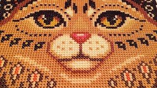 """Кошка-ПОДУШКА. Панна. Готовая работа. СП """"В мире животных 2017"""". Вышивка крестом."""