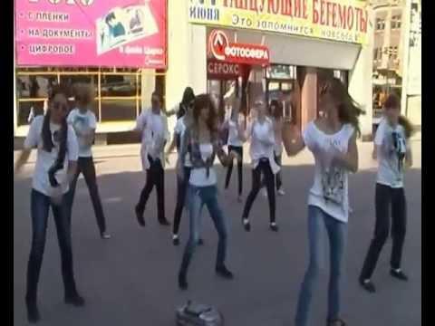 Видео, Саратовский флэшмоб в честь Майкла Джексона  Триллер