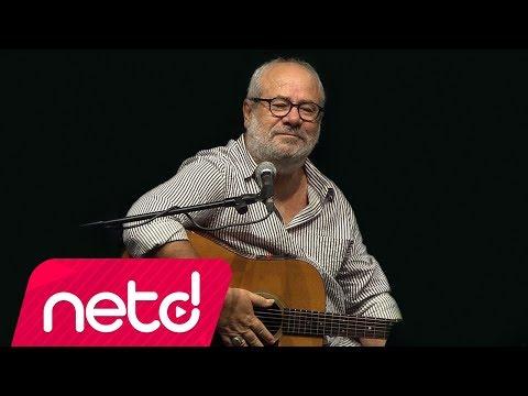 Bülent Ortaçgil - Bu Su Hiç Durmaz (Live)