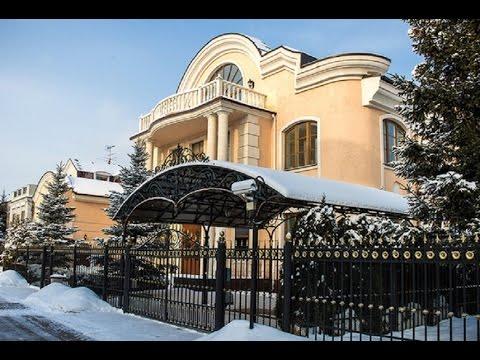 СМИ: Анастасия Волочкова купила особняк за 3 000 000 долларов.