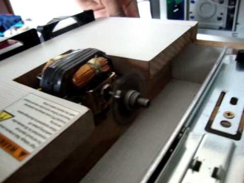 Mini serra circular feita em casa - YouTube