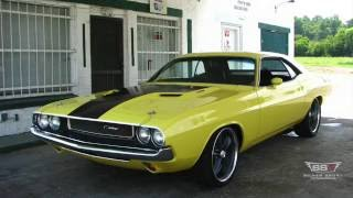 Driving a 6-Speed 1970 Challenger RT