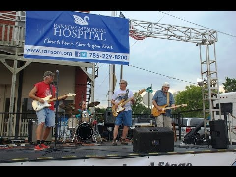 2015 Wellsville Car Show W The Good Sam Club Band Wellsville Kansas Friday August 28