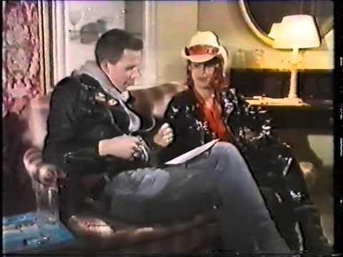 Perry Farrell  on Snub TV 1989.
