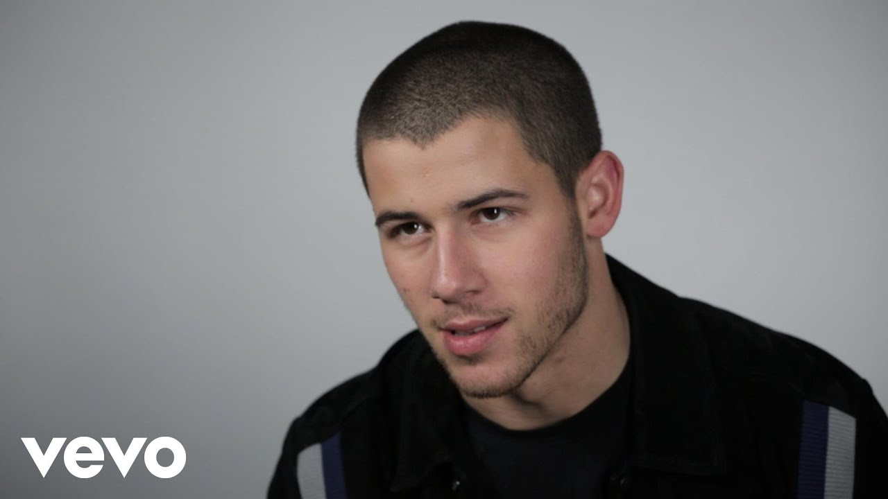 Download Nick Jonas - Close (Vevo Show & Tell)