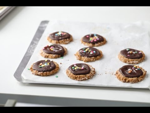 GLUTEN-FREE COOKIES FOR EASTER