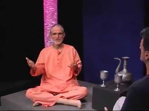 ▶ Swami Ramananda   Integral Yoga   YogiViews Trailer
