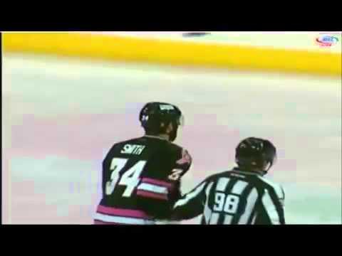 Nov 7, 2015 Paul Bissonnette vs Hunter Smith Ontario Reign vs Stockton Heat AHL