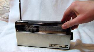 Sanyo Transcontinental shortwave transistor radio model 10S-P10
