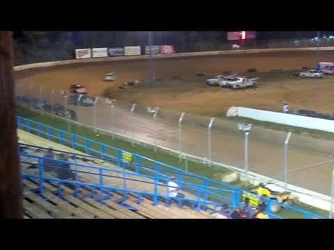 Super late models feature race at Florence speedway 10/7/17